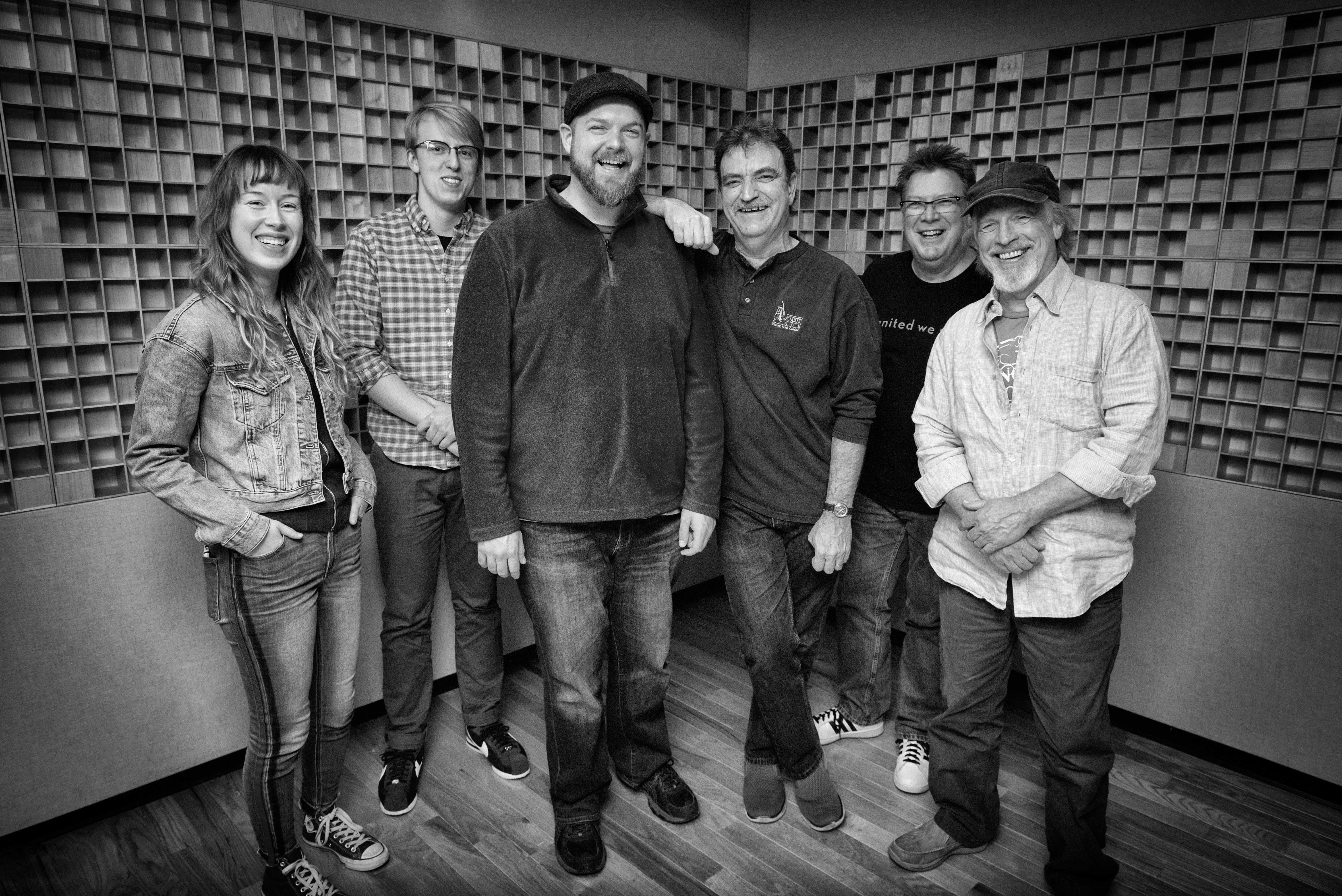 Brownwyn, Thomas, Nate, Wyatt, Ned, Todd (b_w hi res) Photo credit Dan Boner